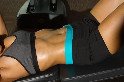 Упражнения для мышц низа живота женщинам