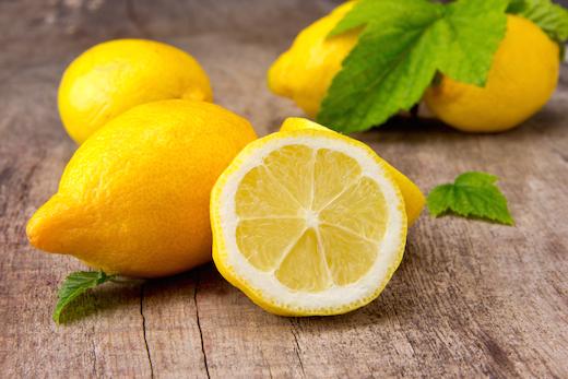 Вода с лимоном натощак польза и вред: важно соблюдать пропорции