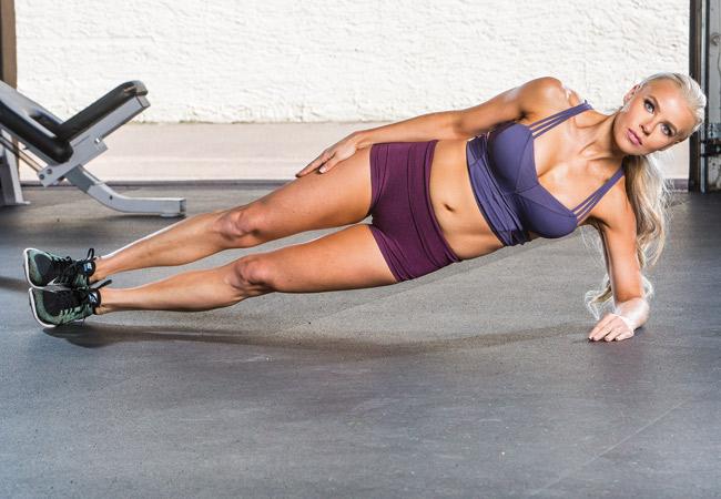 Упражнение планка для тренировки мышц пресса