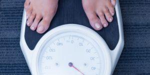 Разбираемся как правильно рассчитать суточную норму калорий для похудения