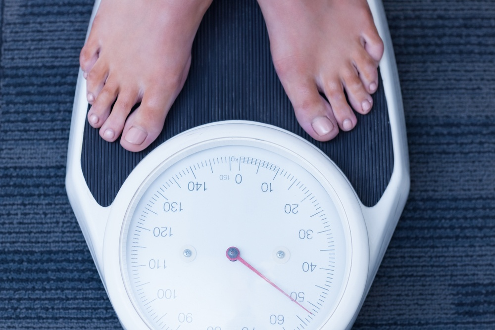 Сколько калорий нужно в день, чтобы похудеть? Калькулятор калорий онлайн!